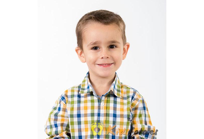 Reportaje infantil de estudio, fotografía de niños.
